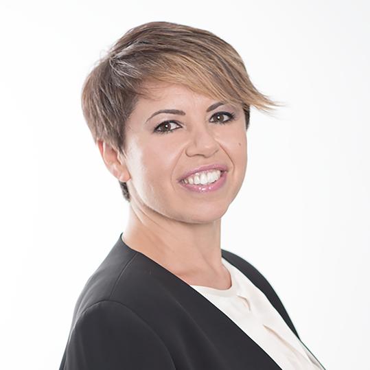 https://www.lineaufficio-srl.it/app/uploads/2019/02/Maria-Elisa-Funari.png