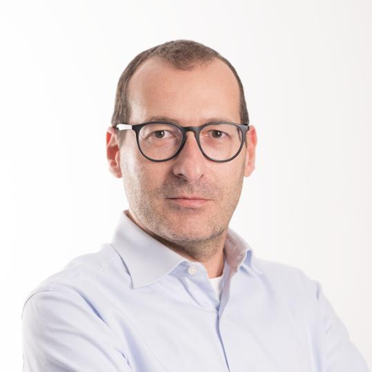 https://www.lineaufficio-srl.it/app/uploads/2019/02/Maurizio-Spazzafumo.png